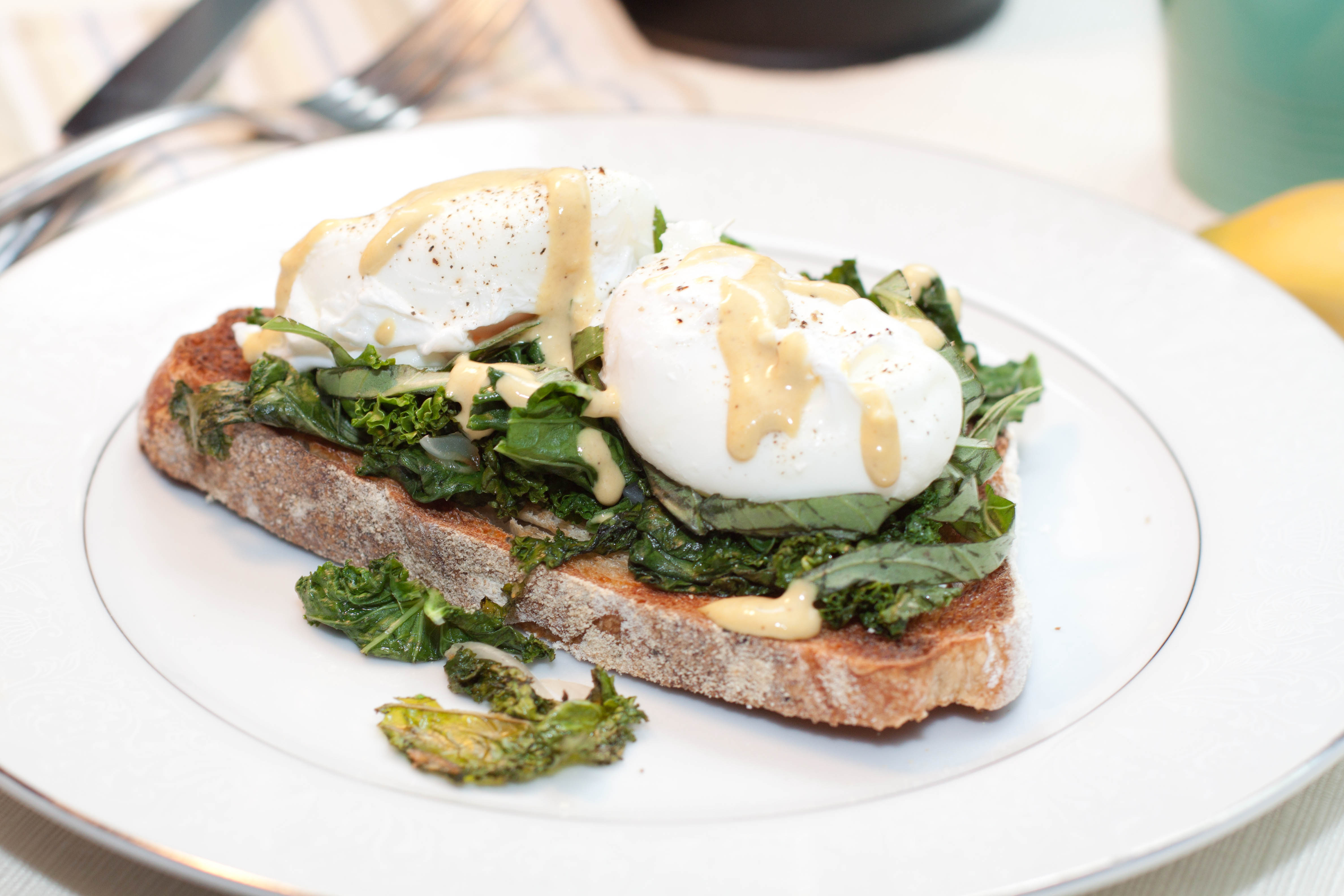 Garlic Basil Kale Poached Eggs Toast with Tahini Lemon Dressing ...